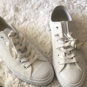 Leather Converse Chucks Low Top